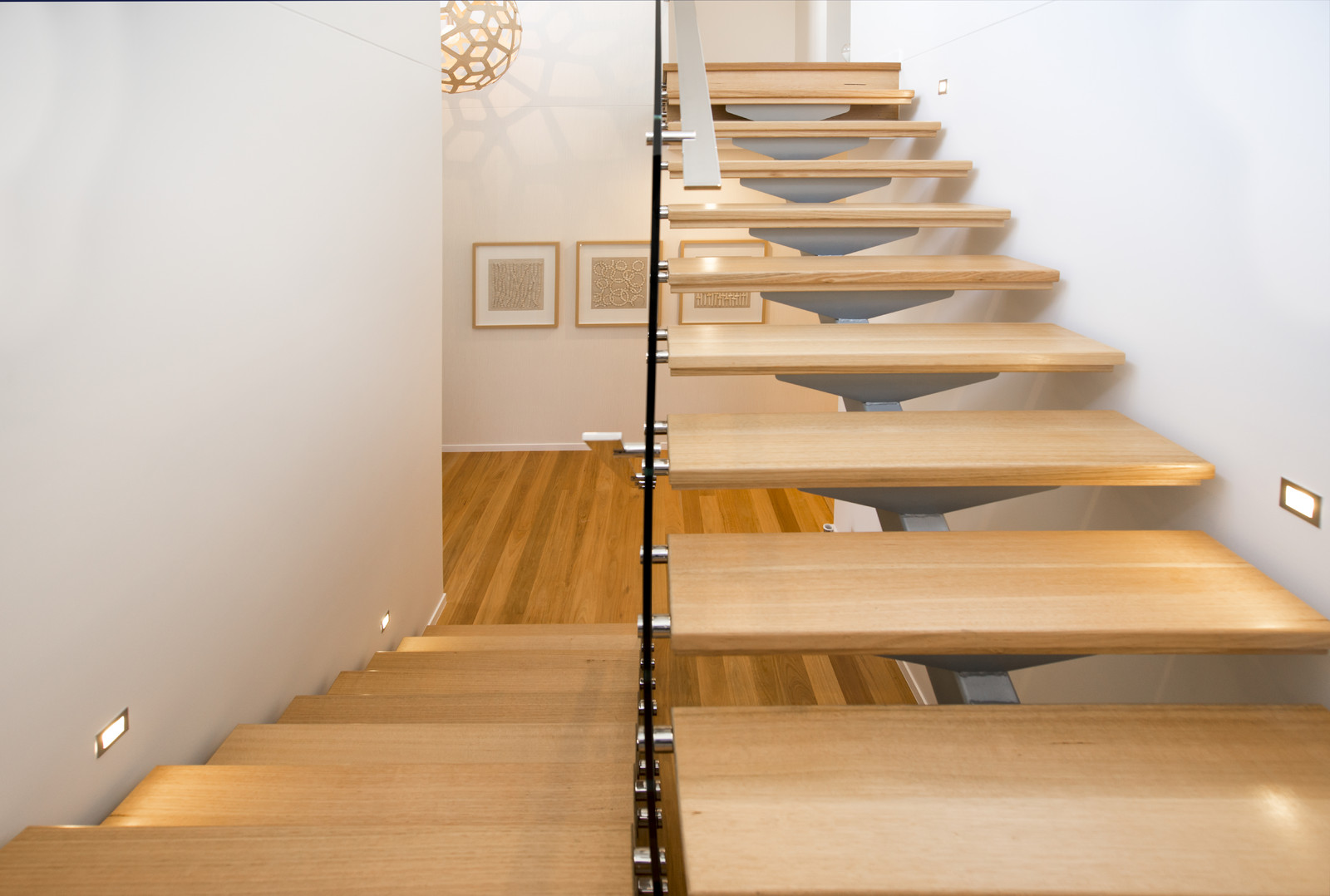 Lighting Basement Washroom Stairs: DF Interiors :: :: Dover Street :: Projects